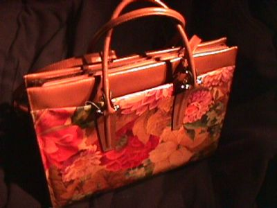 Fashion in Argentina Leather Hand Bags made in Argentina